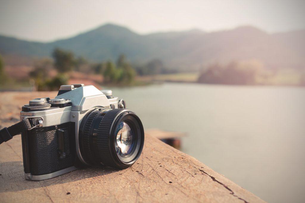 一眼レフカメラには自動で設定される機能がある