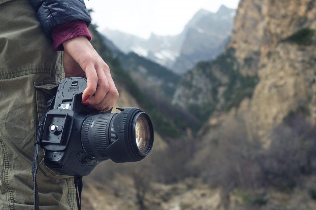 一眼レフカメラの価格が違うのはなぜ?